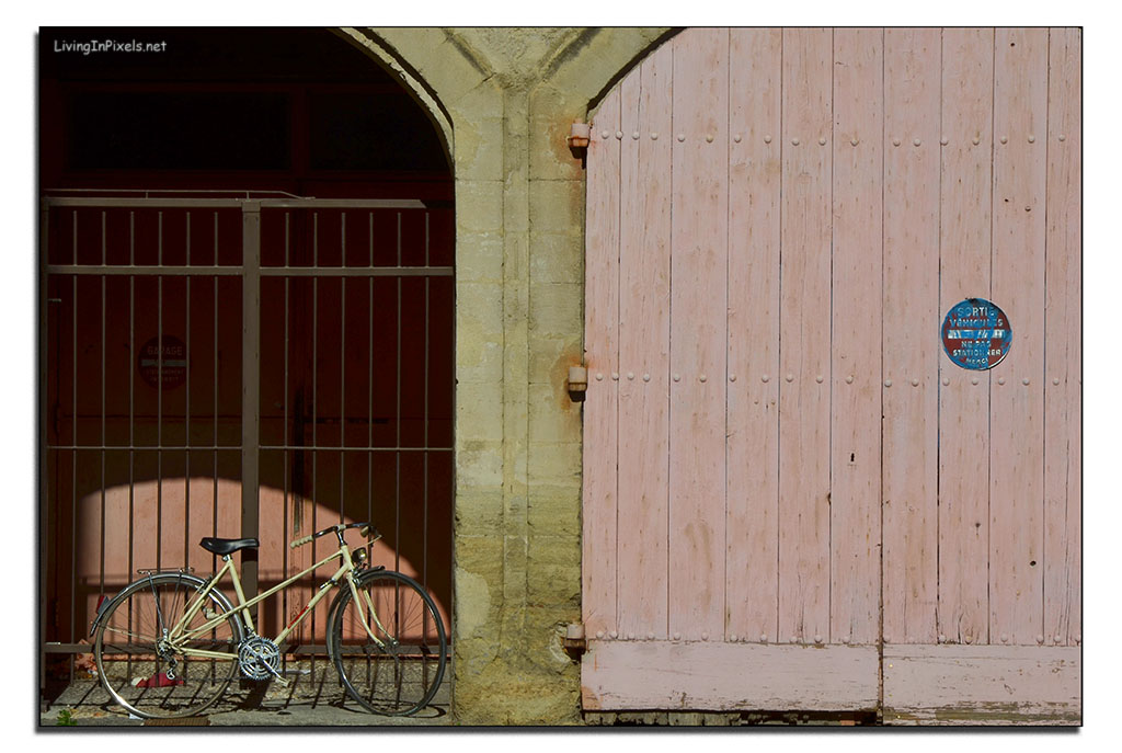 Bicicleta en la puerta